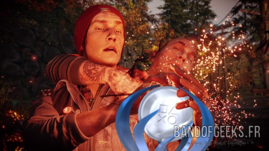 inFAMOUS Second Son Trophée Platine Band of Geeks