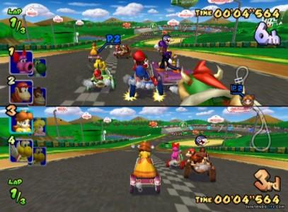 Une course en écran splitté dans Mario Kart Double Dash