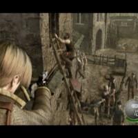 Leon Kennedy vise des zombies qui grimpent à une échelle dans Resident Evil 4