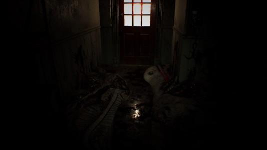 Resident Evil 7 - Beginning Hour couloir jonché de détritus et de saletés