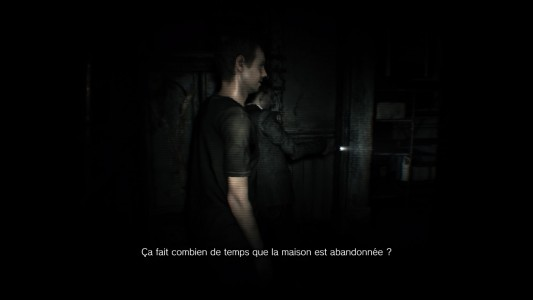 Resident Evil 7 - Beginning Hour deux personnages discutent