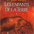Couverture française Pocket les Enfants de la Terre - Le Clan de l'Ours des Cavernes de Jean M. Auel