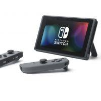 Nintendo Switch avec joycons détachés de la console