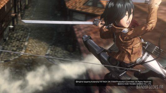 Attaque des Titans Mikasa saute sur un Titan