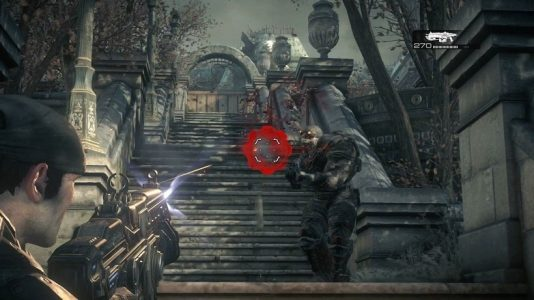 Gears of War Marcus tire sur un locuste
