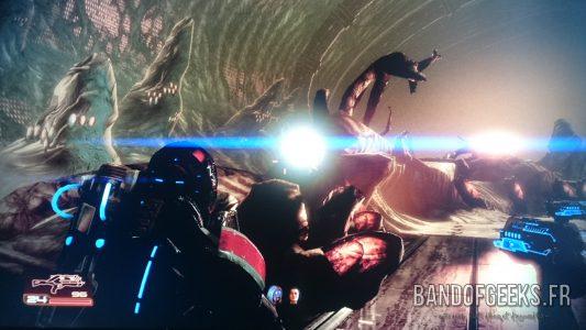 Mass Effect 2 Shepard dans le vaisseau des Récolteurs