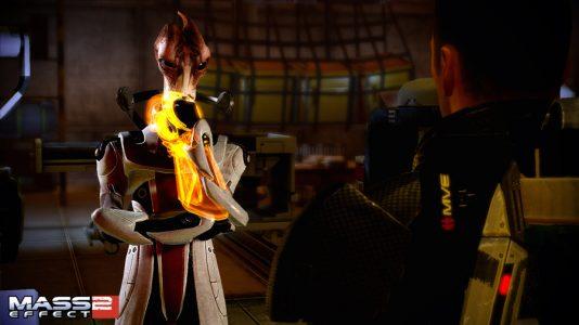 Mass Effect 2 Shepard discute avec le docteur Mordin