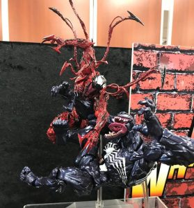 Carnage versus Venom Cover comics revoltech figure Band of Geeks