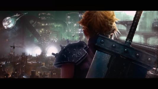Final Fantasy VII Remake Cloud de dos devant Midgar