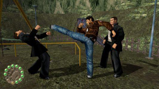 Shenmue I & II HD Ryo Hazuki frappe des furyos dans un parc