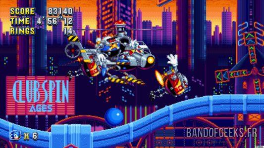 Sonic Mania Plus Sonic affronte un Boss hélicoptère