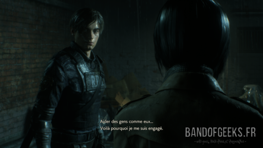 Resident Evil 2 Léon explique pourquoi il est policier à Ada
