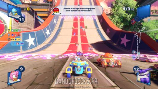 Team Sonic Racing Chao tente de doubler des adversaires