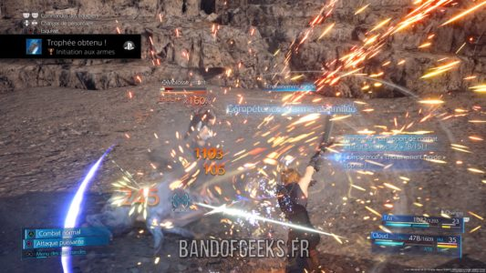 Final Fantasy VII Remake Cloud affronte des ennemis